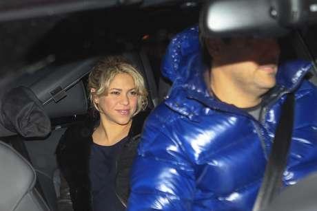 Shakira chega à clínica para dar à luz seu primeiro filho