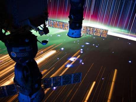 Composición de una serie de imágenes tomadas desde la Estación Espacial Internacional (EEI o ISS por sus siglas en inglés).