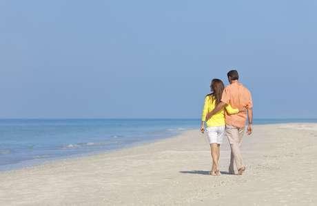 Praias privadas são administradas por redes hoteleiras, grupos que cobram taxa de acesso e por milionários com residências à beira-mar