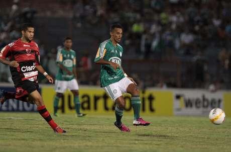 <p>Possível ida de Juninho ao Vasco estaria relacionada à contratação de Fernando Prass</p>