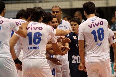 Medley/Campinas está vivo na briga pela quarta posição da Superliga