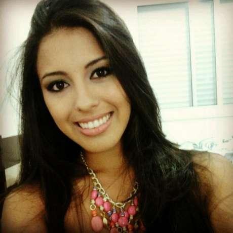 <strong>Andressa Inaja de Moura Ferreira</strong> estudava Medicina Veterinária na Universidade Federal de Santa Maria. Representou a cidade de Santa Rosa no concurso Garota Verão em 2011
