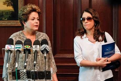 Do Chile, Dilma Rousseff lamentou as mortes na tragédia em entrevista coletiva