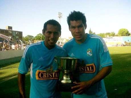 Rengifo anotó los dos goles de la victoria celeste