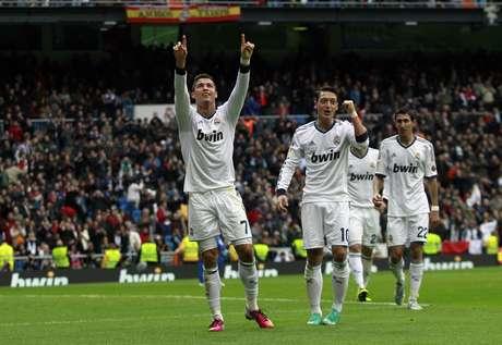 Cristiano Ronaldo brilhou no segundo tempo e marcou três gols na goleada do Real Madrid
