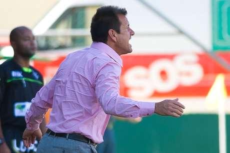 Dunga mostrou irritação com o time em alguns momentos