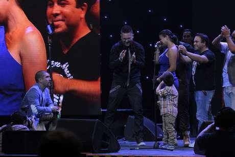 """Leo Méndez le pidió matrimonio a Marcela en la premiación del """"Copihue de oro"""" a fines del 2012."""