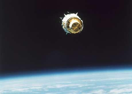 NASA estimates the satellite costs between $350 million and $400 million.