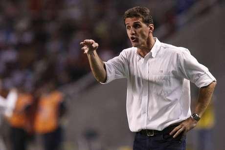 Treinador assume time alvirrubro no Campeonato Pernambucano