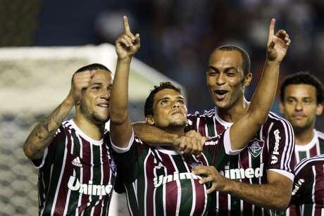 Jean abriu o placar com gol de falta para o Fluminense no primeiro tempo