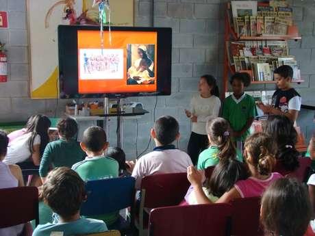 OProjeto Âncora, de Cotia (SP), foge do tradicional: nada de salas de aulas, lousas, provas