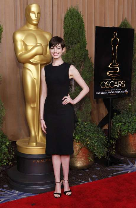 """Una de las actrices más querdias, Anne Hathaway, nominada en la categoría de Mejor Actriz de Reparto por """"Les Miserables"""""""