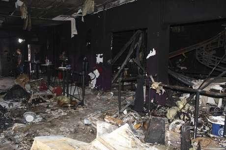 Interior de boate ficou totalmente destruído após incêndio que matou 238 pessoas