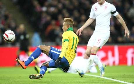<p>Atuação de Neymar em Wembley não agradou a Joey Barton</p>