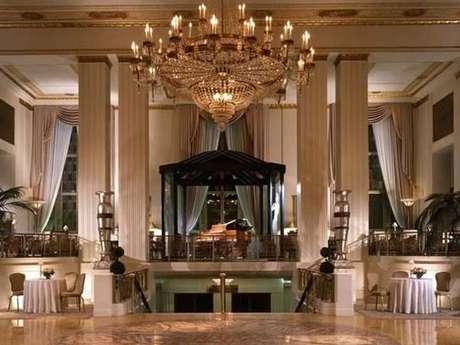 O hotel Waldorf Astoria é um dos símbolos da época dourada de Nova York
