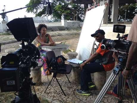 <p>Cantora e diretor conversaram no Teatro Vila Velha, em Salvador</p>