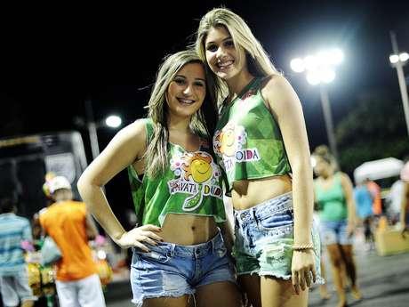 <p>Um dia antes de a folia come&ccedil;ar oficialmente em Salvador, a capital baiana viu nesta quarta-feira (6) a passagem de blocos que promovem o Carnaval &quot;&agrave; moda antiga&quot;, no circuito S&eacute;rgio Bezerra</p>