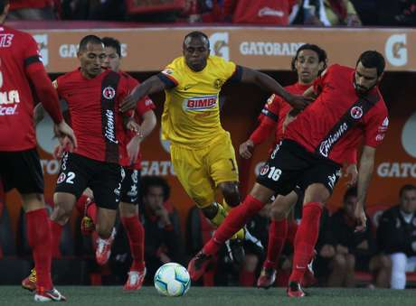 <p>America got off to a quick lead on a goal from Oswaldo Martinez on a penalty kick in the 12th minute.</p>