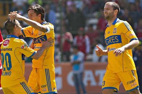 Tigres tuvo un día de campo en la capital mexiquense.