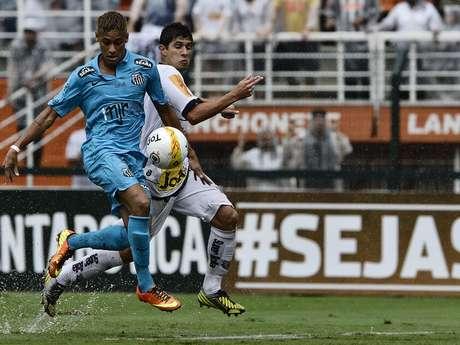<p>Neymar marcou nos acréscimos, mas Santos perdeu para o Paulista de Jundiaí</p>