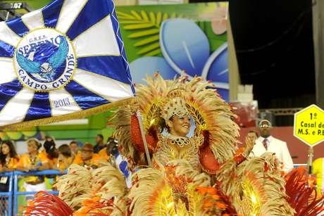 "<p><span style=""color: rgb(0, 0, 0); font-family: Calibri, sans-serif; line-height: normal;"">A Sereno de Campo Grande foi a sexta escola a passar na avenida no segundo dia de desfiles da Série A do Carnaval carioca</span></p>"