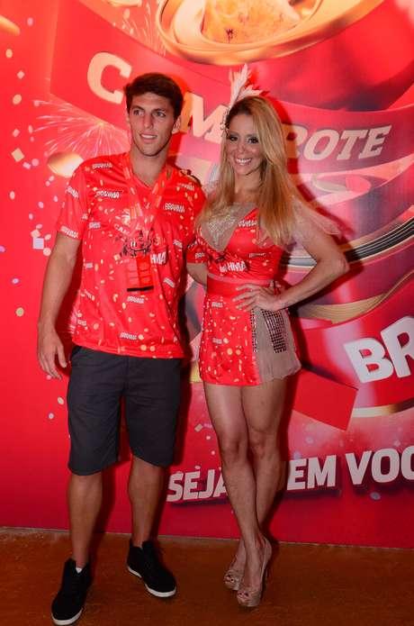 <p>O jogador Amaury Nunes e a namoradaDanielle Winits, atriz</p>