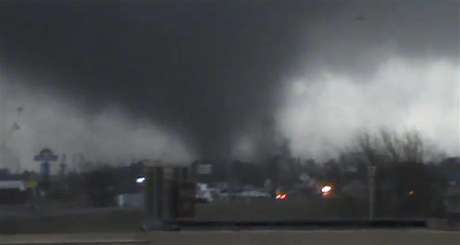 A tornado is pictured near Hattiesburg, Mississippi in this still image from a video shot by Rynal Grant February 10, 2013. The tornado, which touched down at approximately 1730 local time, was reported to have injured three people and caused damage to the nearby campus of the University of Southern Mississippi.