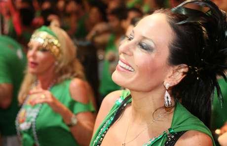 <p>Cozete Gomes curtiu o Carnaval em Salvador nessa segunda-feira (11)</p>