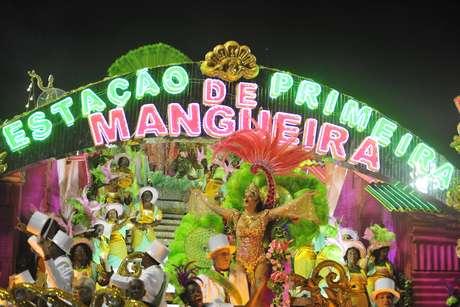 <p>AMangueira estourou em 7 minutos o tempo máximo de desfile, levando o presidente da escola, Ivo Meireles, às lágrimas</p>