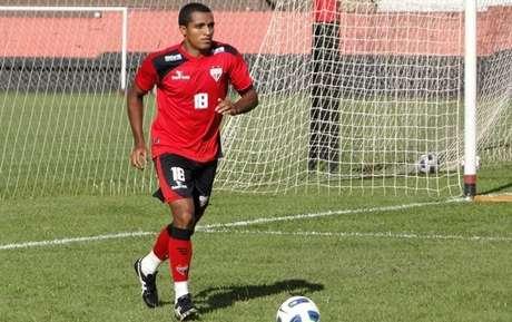 <p>Dodó espera que treinos fortes ajudem a tirar Atlético-GO de situação ruim na tabela</p>