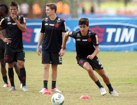 <p>Em negociação com a Juventus, Mattheus deve render ao Flamengo R$ 5 milhões</p>