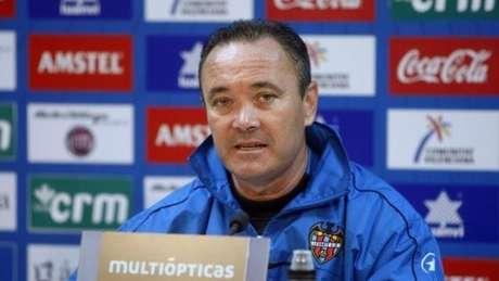 <p>Juan Ignacio Martínez, entrenador del Levante UD</p>