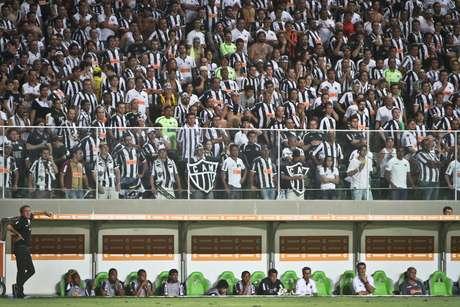 <p>Pensando em Libertadores, treinador pode promover rodízio de atletas</p>