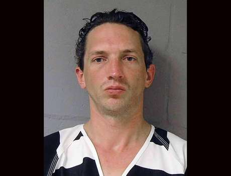 <p>Israel Keyes, a 34-year-old contractor who told investigators he killed an Anchorage barista, a Vermont couple and at least five other people across the country over the past decade, was found dead in his Anchorage cell on December 2.</p>
