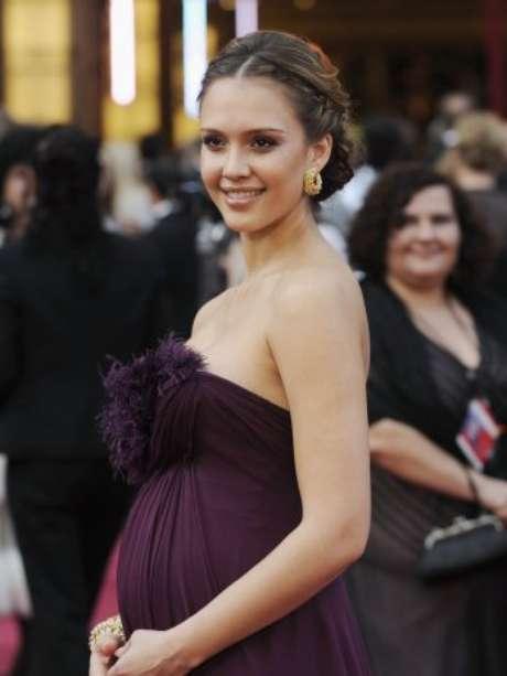 """<p class=""""p1"""">En el 2008 y con siete meses de embarazo, Jessica Alba asistió a la ceremonia 80 del Oscar.</p>"""