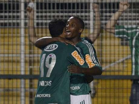 <p>Patrick Vieira recebeu passe de Caio, chutou fortee fez o gol construído por jogadores formados no Palmeiras</p>