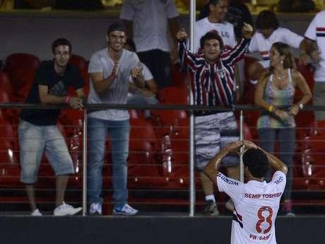 <p>Ganso marcou de cabeça para salvar o São Paulo de vexame</p>