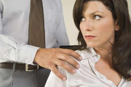 El acoso sexual vertical se considera más grave que el ejercido entre compañeros y/o compañeras de trabajo.