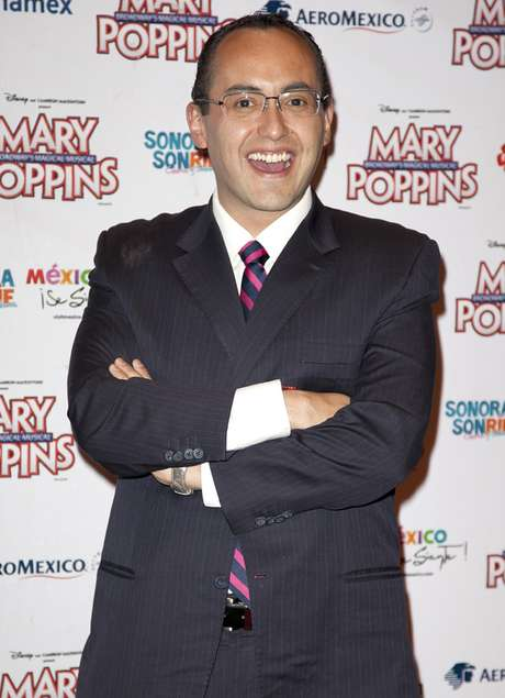 Mauricio Clark recibió el apoyo de famosos por destapar sus preferencias sexuales.