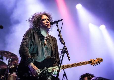 O cantor e líder da banda, Robert Smith, em show realizado na França, em junho do ano passado