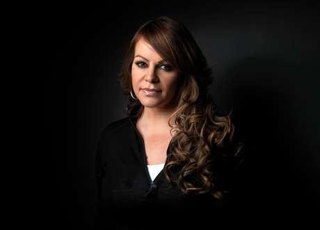 """En esta foto del 22 de enero del 2012, Jenni Rivera posa durante el Festival de Cine de Sundance con motivo de la exhibición del filme """"Filly Brown"""", en Park City, Utah. Un homenaje a la difunta cantante y actriz, en la voz de su hermano Lupillo Rivera y otros artistas, formará parte de la ceremonia del Premio Lo Nuestro el jueves 21 de febrero del 2013. Rivera murió el pasado diciembre en un accidente aéreo en México."""