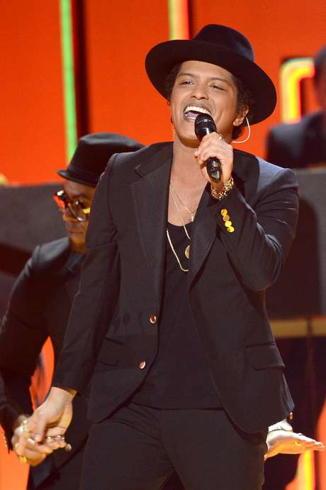 <p>Bruno Mars performs at the 55th annual Grammys on February 10, 2013.</p>