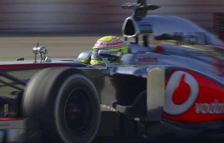 <p>El piloto mexicano, hoy en McLaren, contó sobre el particular pedido de los italianos cuando corría para Sauber.</p>
