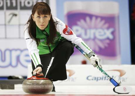 Saskatchewan skip Jill Shumay throws a rock against  Nova Scotia during the ninth draw at Scotties Tournament of Hearts curling championship in Kingston, February 19, 2013.    REUTERS/Mark Blinch (CANADA - Tags: SPORT CURLING)