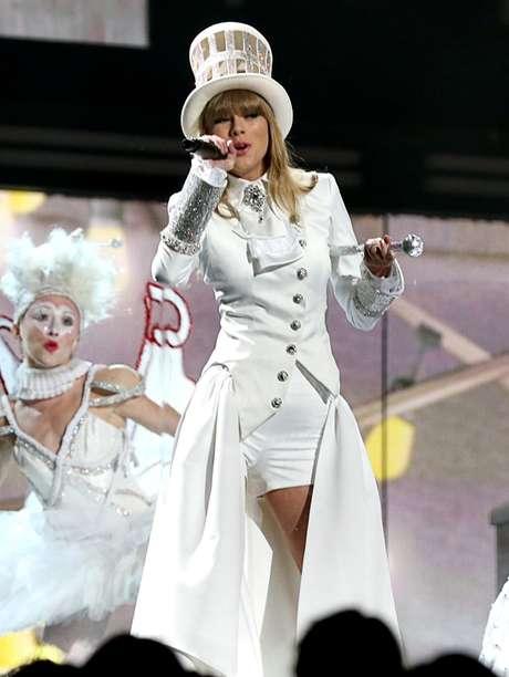 Taylor Swift se encontraba muy enamorada de Harry Styles, declaró una fuente.
