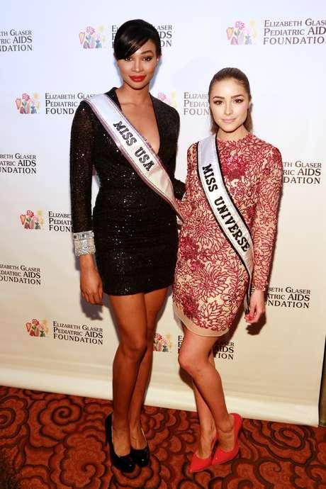 <p>Miss Universo y Miss EE.UU continúan alentando el trabajo en pro de la comunidad. En esta ocasión las bellezas hicieron parte del magno evento que tuvo lugar en el Mandarin Oriental Hotel, para honrar a los líderes de toda una vida en la lucha contra el SIDA pediátrico y el VIH en los niños y madres de todo el mundo.</p>