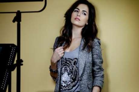 <p>Camila é protagonista de títulos como À Deriva, 10.000 AC e do lançamento Open Road, dirigido por Márcio Garcia</p>