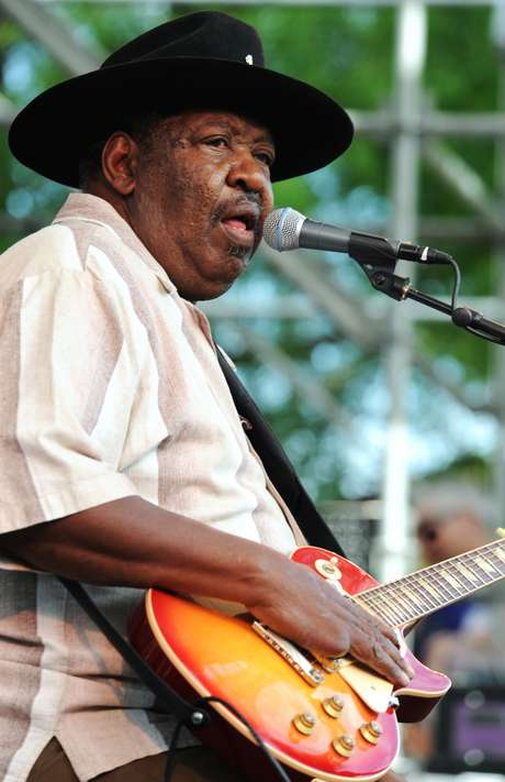 <p>Magic Slim foi um importante nome do eletric blues de Chicago</p>