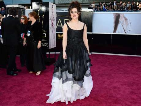 Elena Bonham Carter fue de las peor vestidas de la noche del Oscar