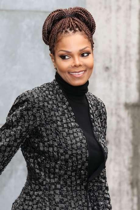 <p>A cantora Janet Jackson assistiu ao desfile da grife Girogio Armani nesta segunda-feira (25)</p>